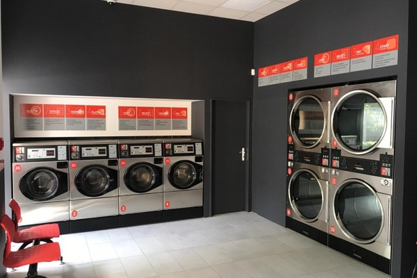 Nová prádelna Speed Queen v Brnì
